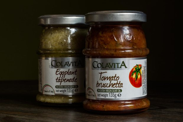 remos_cafe_sheffield_eggplant_tapenade_tomato_bruschetta_sm